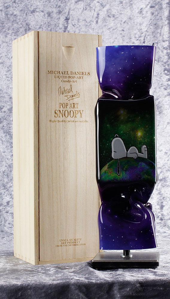 Michael Daniels - LIQUID POP ART - SNOOPY (STERNENHIMMEL) - original handgemachte ART CANDY SKULPTUR