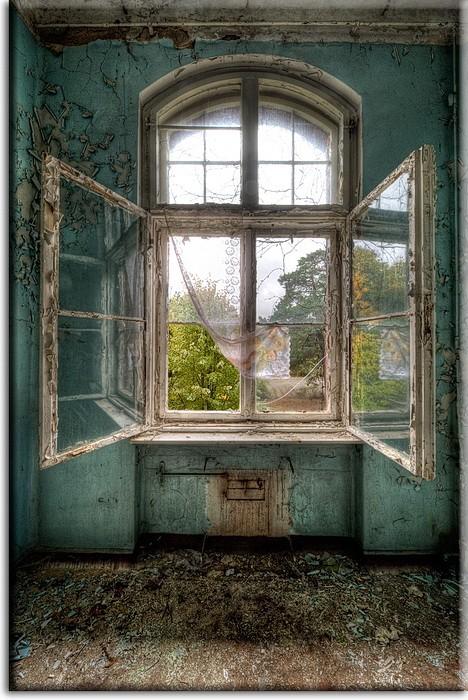 Grischka Georgiev Bilder - Open Window I  - Leinwandbild